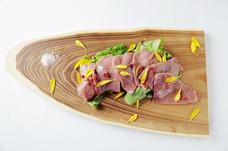 【前菜・サラダ】 和牛カルパッチョ