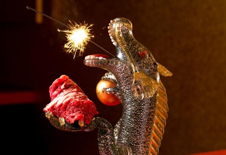 【牛牛の演出肉】 Dragonカルビ