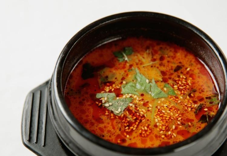 【牛牛のスープ】 ユッケジャンスープ