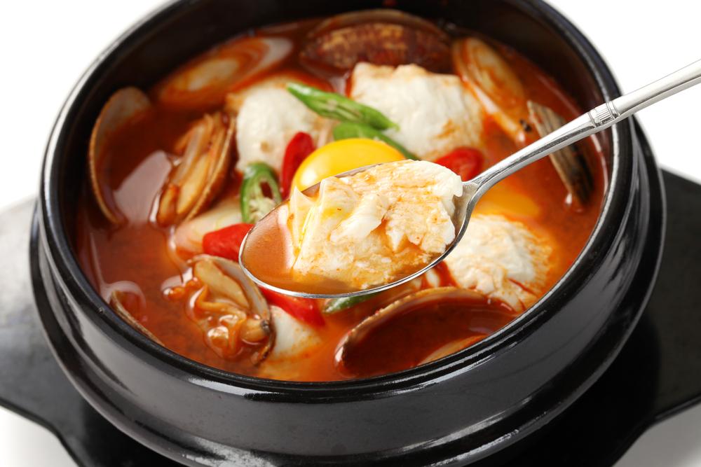 焼肉店で食べることのできるスープにはどんな種類がある?