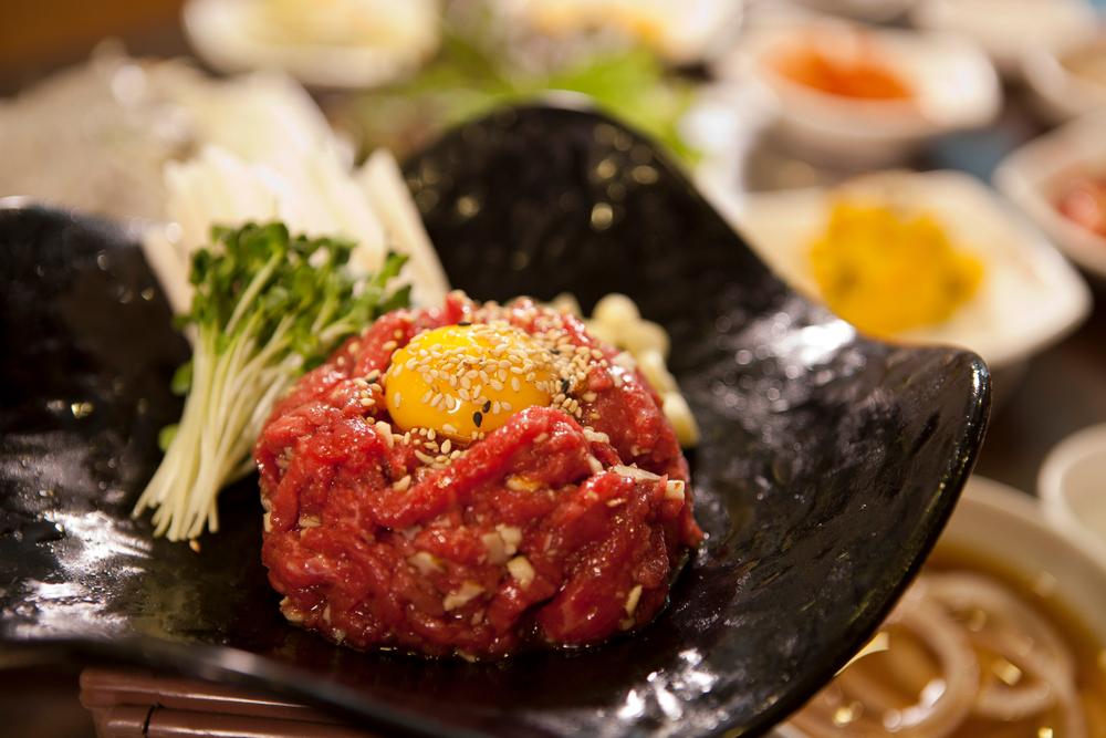 焼肉店でユッケを食べるなら生食用食肉提供認可店へ!