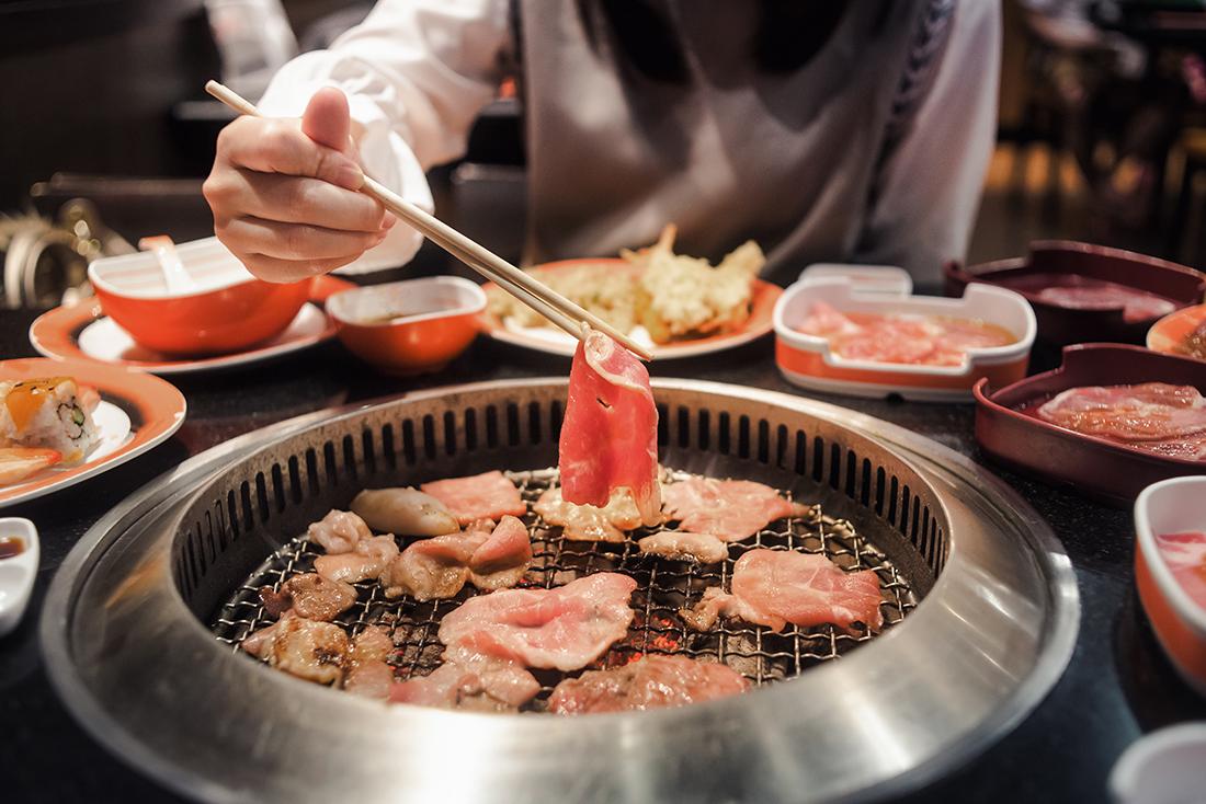 炙り焼きした牛肉はなぜ美味しいのか?焼肉店で食べる炙り焼肉